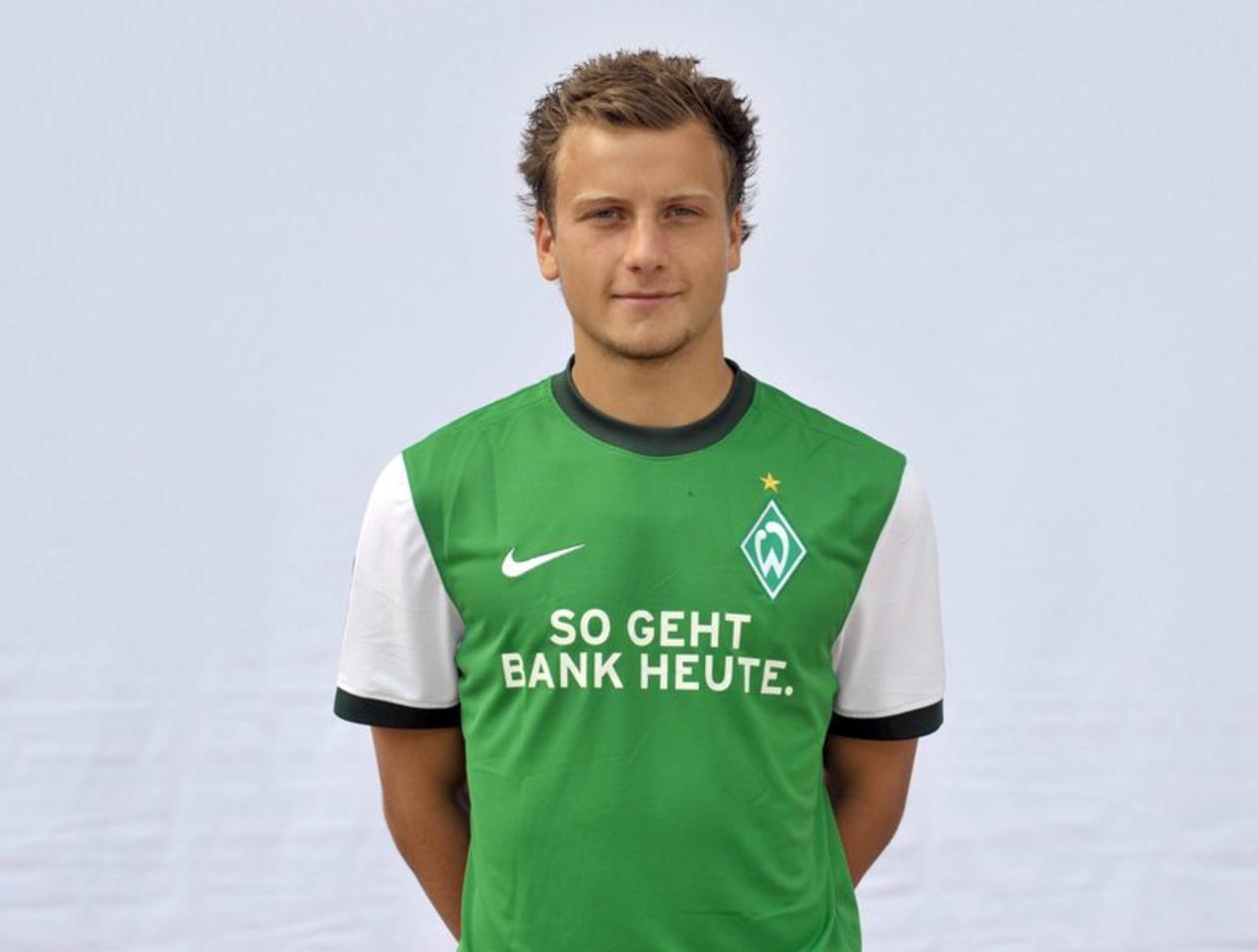 Werder Bremens Philipp Bargfrede fällt mit Meniskusriss drei