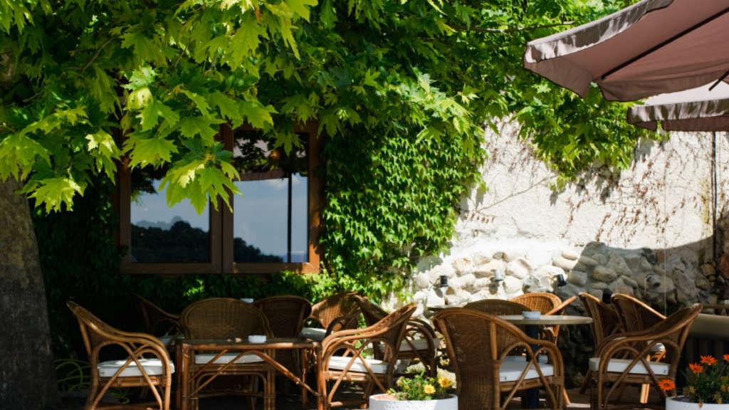 Restaurant-terrasse Gestalten ? Tipps Für Gastronomen | Welt Verglaste Terrasse Gestalten Ideen