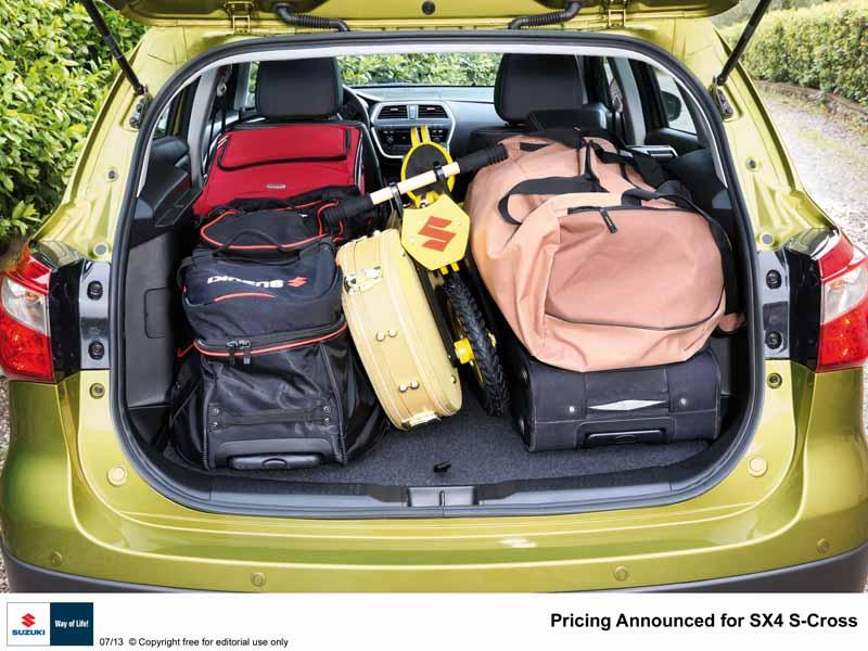 Suzuki SX4 Fotos Vom Neuen Crossover Der Swift Sport Feiert Premiere Auf IAA In