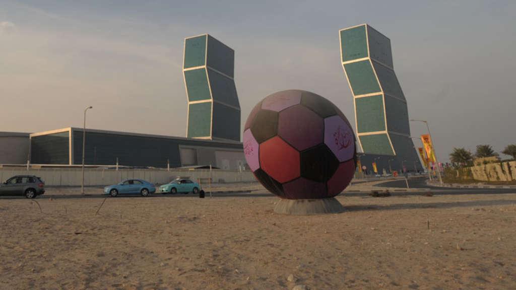 Wm In Katar Sportpfarrer Findet Baustellen Menschenunwurdig