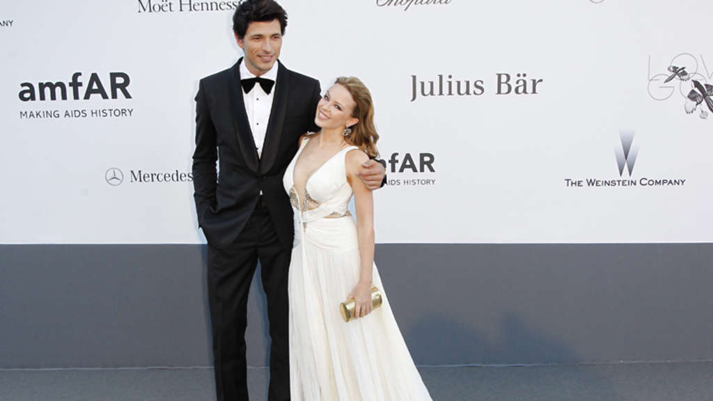 Andres Velencoso s girlfriend