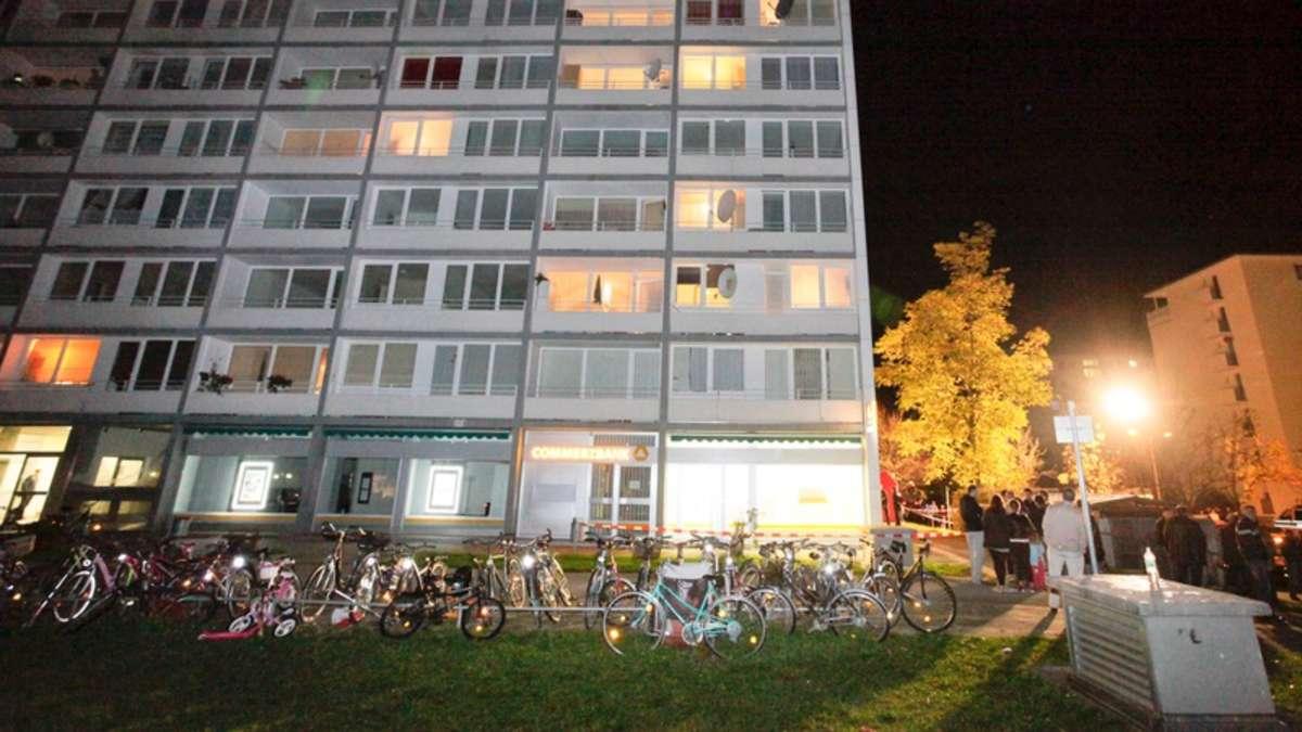 Oberschleißheim: Mörder trennte Ehefrau mit Axt fast den ...