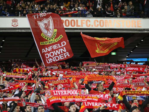"""You'll never walk alone"" wird 50"