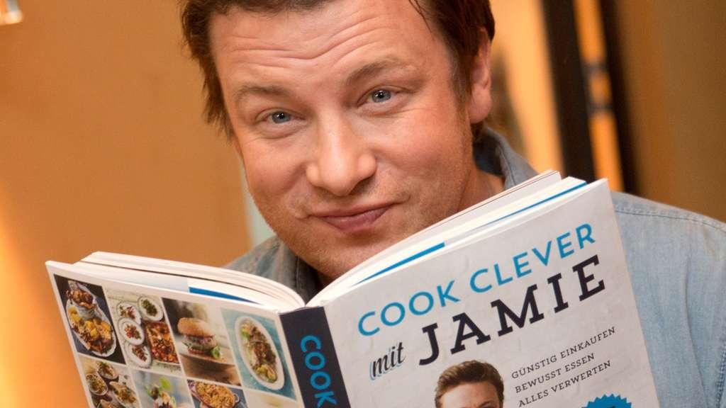 Weihnachtsessen Jamie Oliver.Das Kocht Jamie Oliver Zu Weihnachten Stars