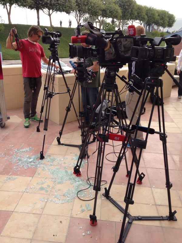Bildergebnis für pressekonferenz kameras