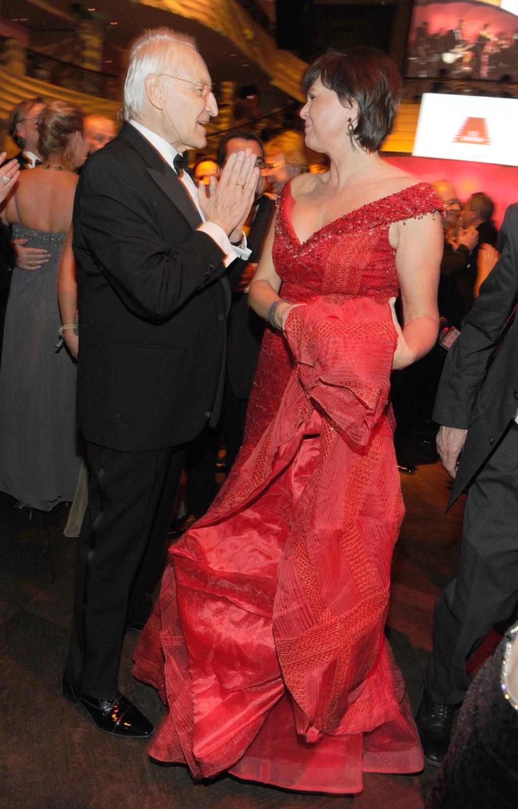 outlet abholen 2019 echt Ilse Aigner eröffnet Deutschen Filmball | Stars