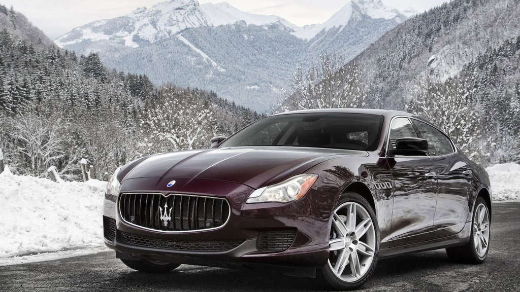 Maserati Quattroporte S Q4 Mit Allrad Im Schnee Auto