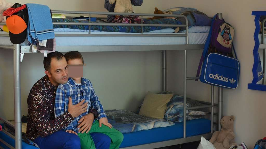 Familie mit autistischem bub verzweifelt wohnen for Minimalistisch leben mit familie