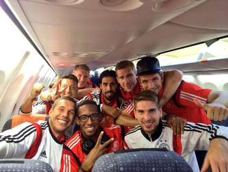 Jerome Boateng Selfie DFB-Team