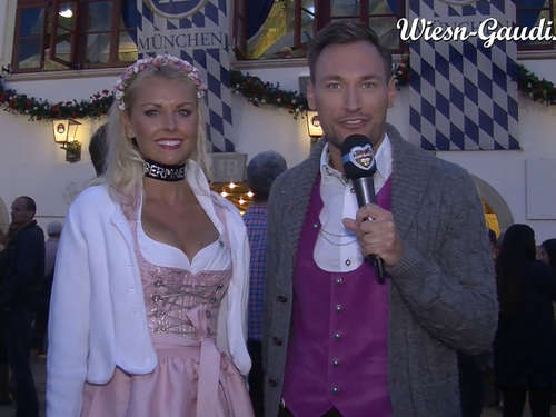 Ticker: Wiesn-Playmate macht den Wadl-Check