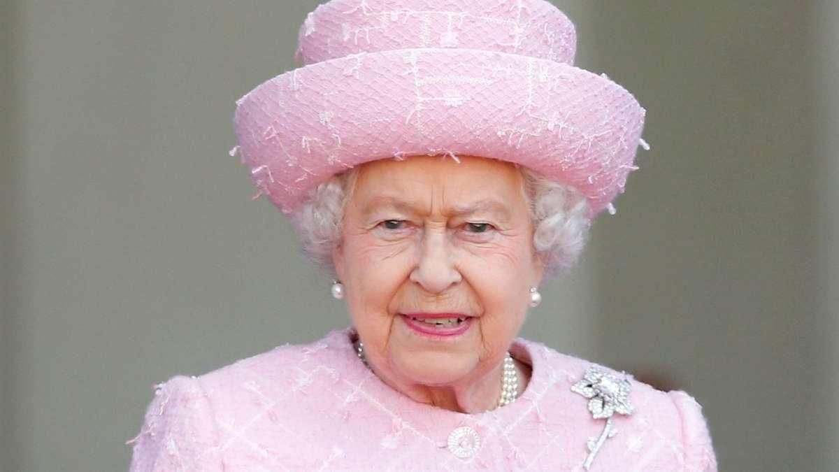 Queen sucht reinigungskraft zum abkratzen von kaugummis for Reinigungskraft munchen