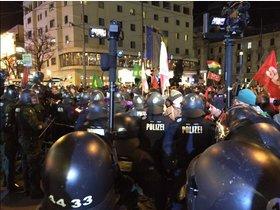 Muegida, Bagida, Gegen-Demo: Demo vorbei - sechs Festnahmen - Ereignisse ... - tz online