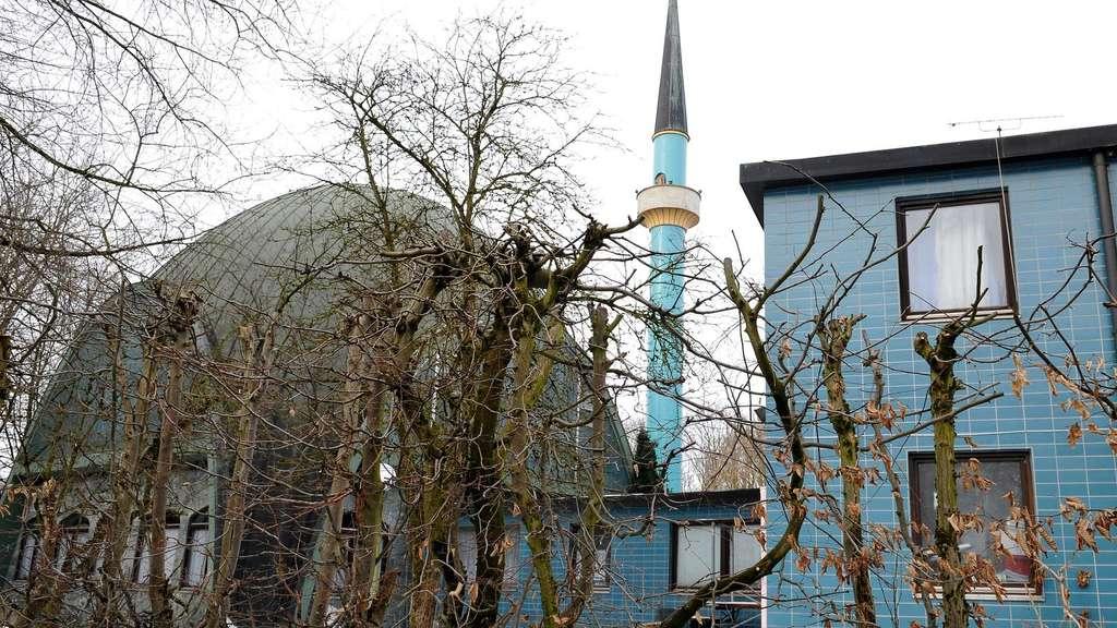 islamisches zentrum in flammen schwabing freimann. Black Bedroom Furniture Sets. Home Design Ideas