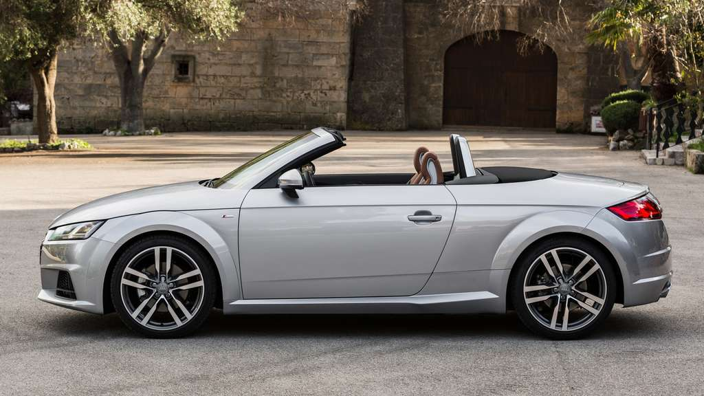 audi tt roadster audi l utet mit tt roadster die open air. Black Bedroom Furniture Sets. Home Design Ideas