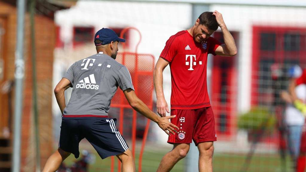 Pep Guardiola Xabi Alonso