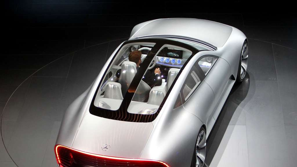 Die Trends Der Iaa 2015 E Mobilitat Digitalisierung Suv Pick Ups
