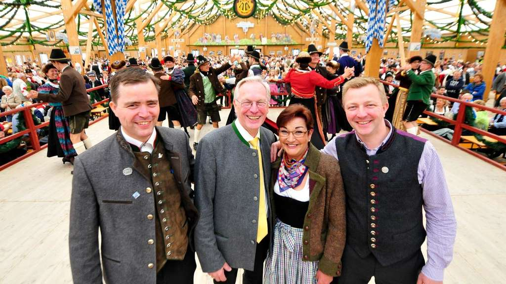 Oktoberfest 2015 Oide Wiesn Festzelt Tradition