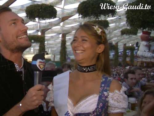 Oktoberfest 2015 - Wiesn-Playmate Jessica: Vollständiges Interview