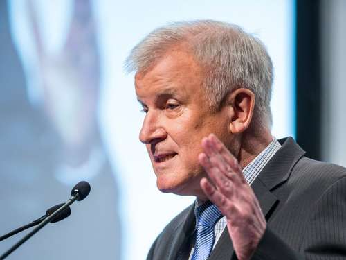 Seehofer in Attaching: Der Live-Ticker