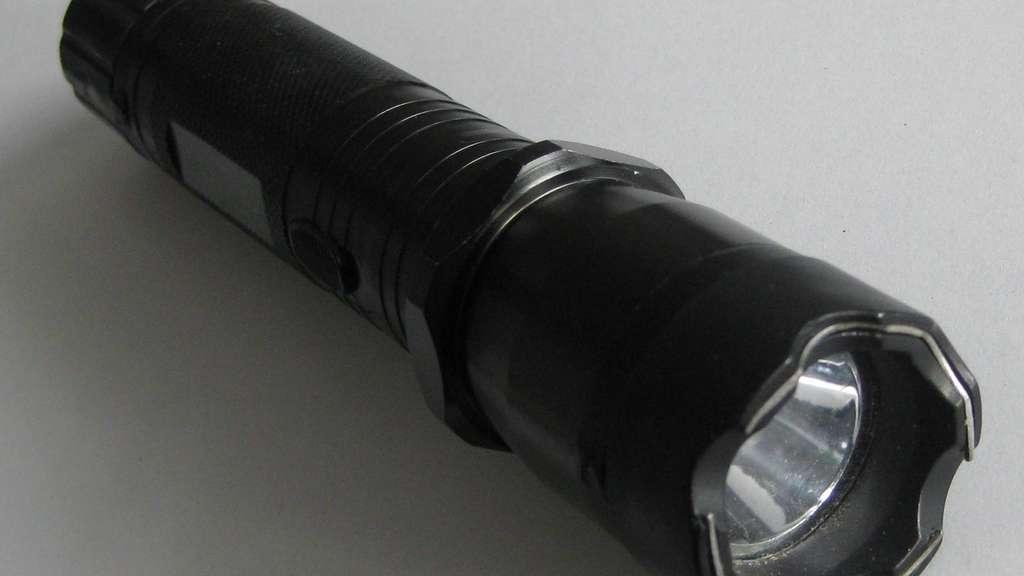 taschenlampe schocker