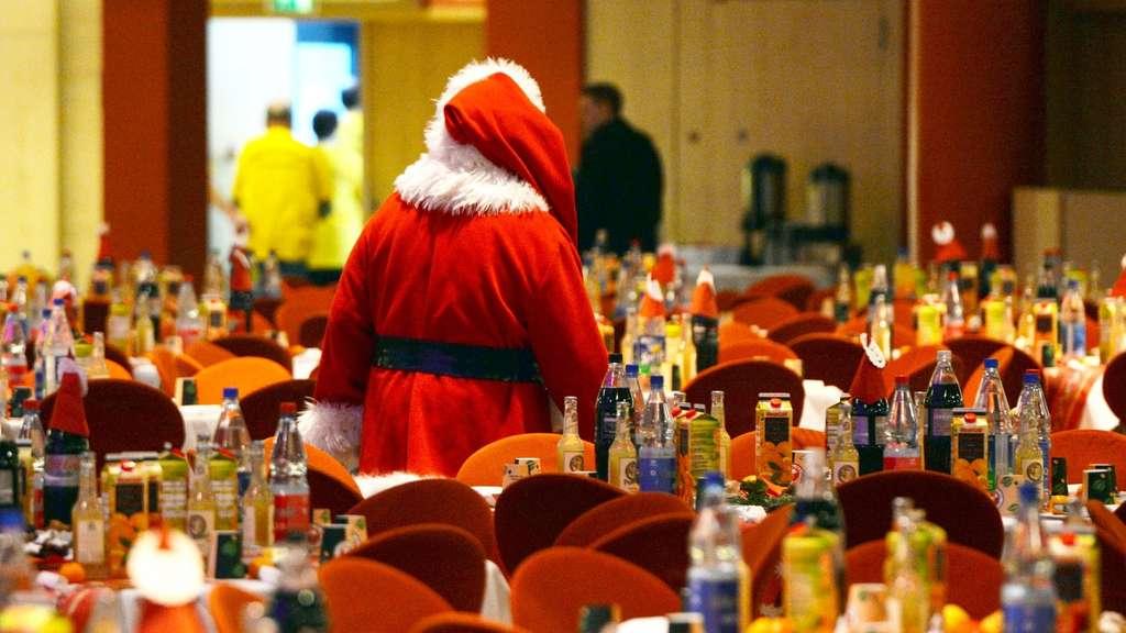 Alkohol Weihnachtsfeier.Alkohol Versicherung Duzen Der Weihnachtsfeier Knigge