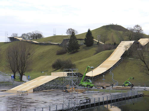 Video: Der Bau des Ice-Tracks im Oly-Park