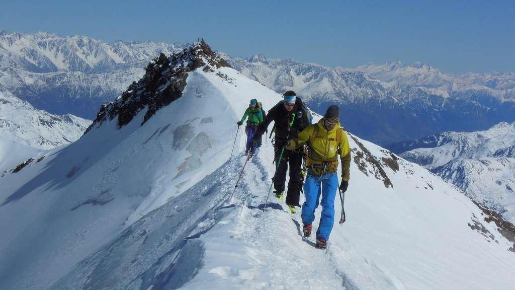 Klettergurt Hochtouren : Alpin snowsportschule ernen grundkurs hochtouren
