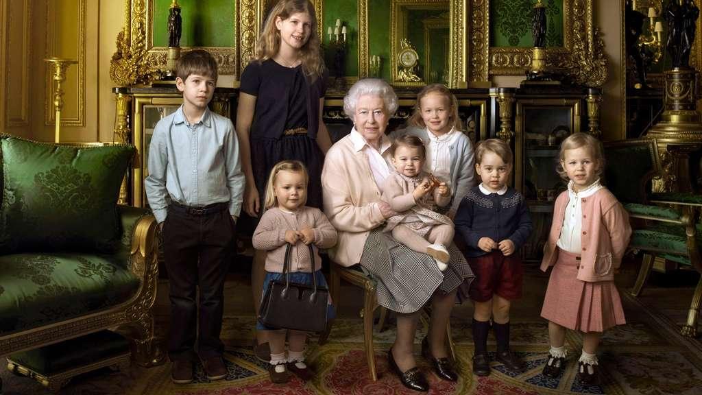 So Feierte Die Queen Ihren 90 Geburtstag Stars