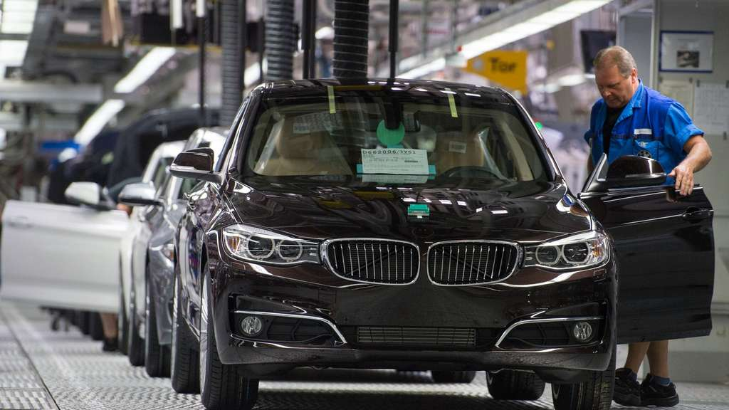 BMW Produktion im Werk Dingolfing