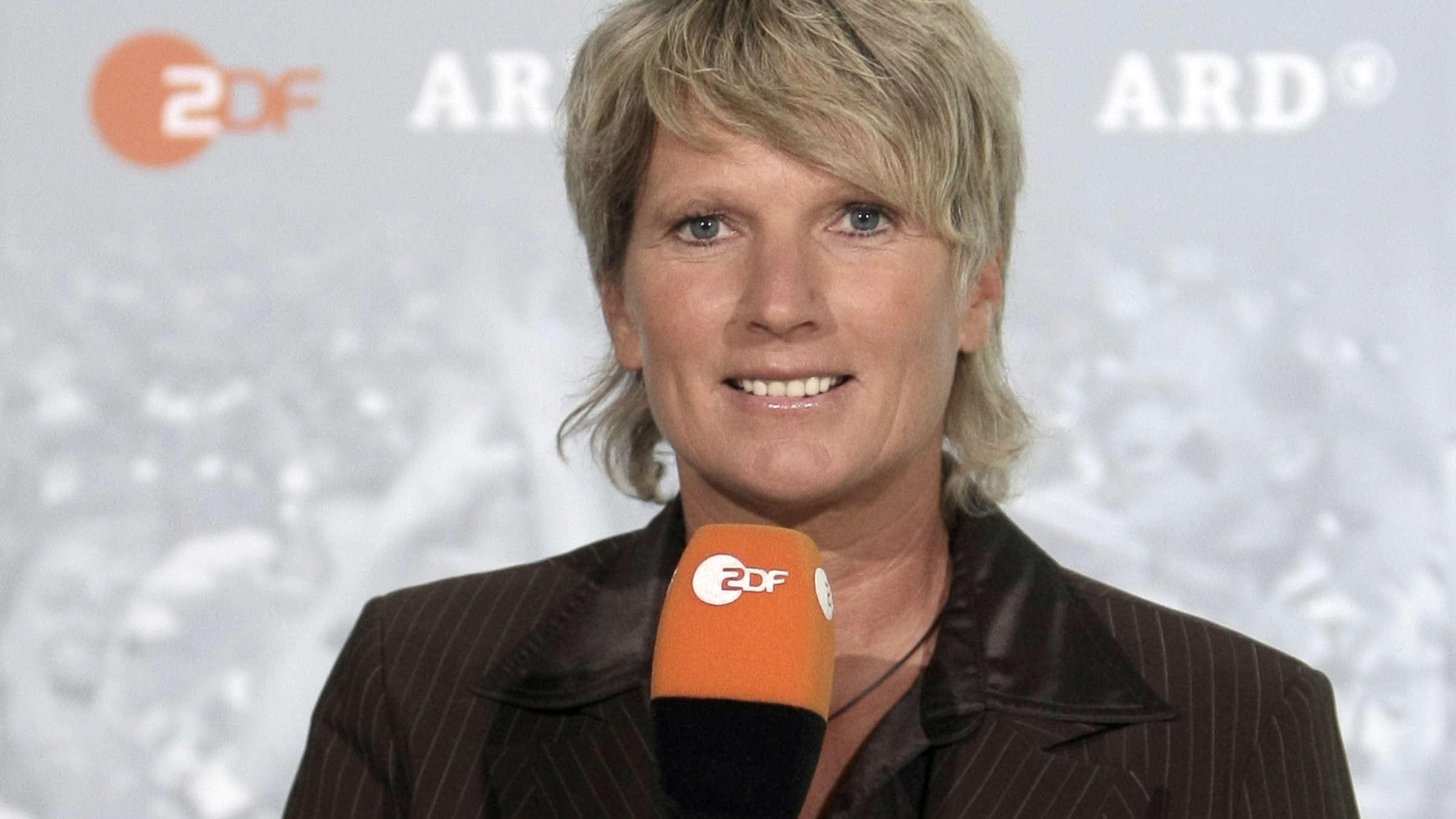 Alle Informationen Zu Zdf Reporterin Claudia Neumann Die