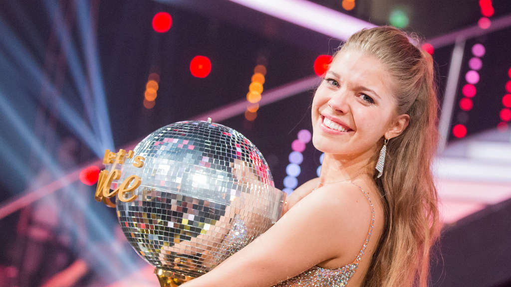 Victoria Swarovski Ist Dancing Star 2016 Tv