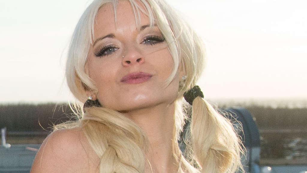 Mia Julia Bruckner Nude Photos 100