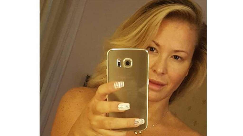 stars nackt selfie popstar anastacia traut sich
