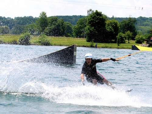 Gaudi und Workout: Die Faszination Wakeboarden