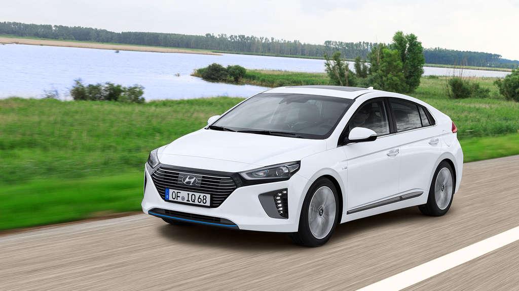 Hyundai Ioniq: Das kompakte Auto aus Korea kommt als Hybrid und ...