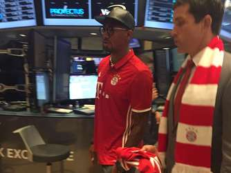 Jerome Boateng in der Wall Street.
