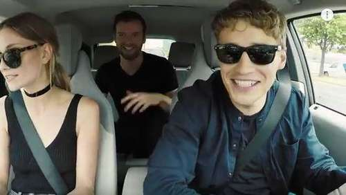 Deutsche Carpool-Karaoke mit Tim Bendzko
