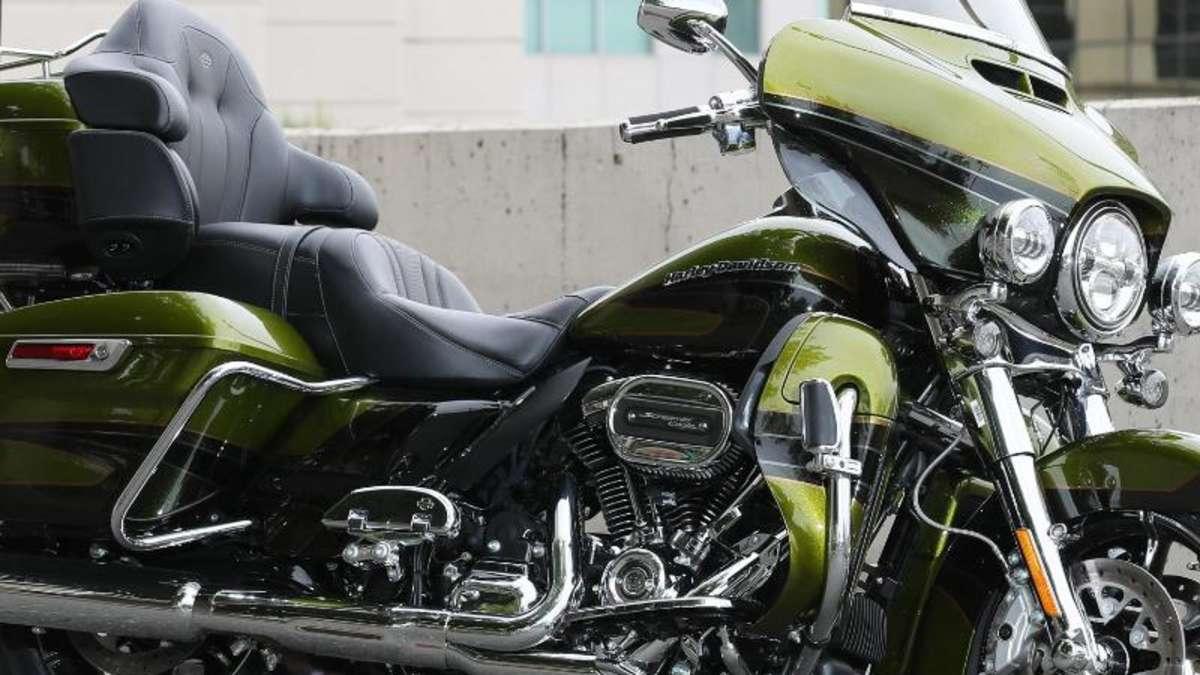Harley Davidson Stellt Neues Luxus Reisemotorrad Cvo Limited Vor Auto