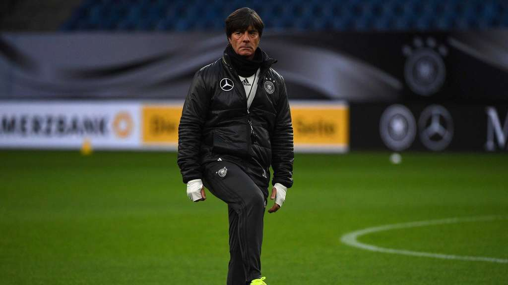 Joachim Löw beim Training in Hamburg.