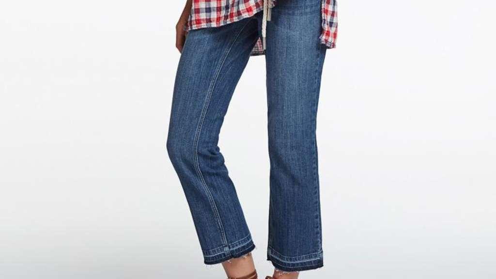 wie man die kick flare jeans tr gt stars. Black Bedroom Furniture Sets. Home Design Ideas