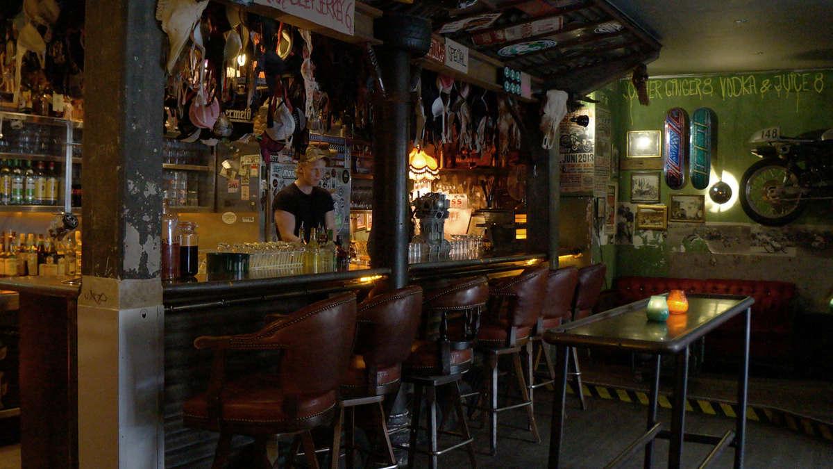 5 untypische Münchner Bars, in denen Sie jetzt sitzen sollten ...