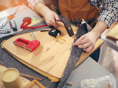 Do It Yourself! Den alten Sessel neu beziehen