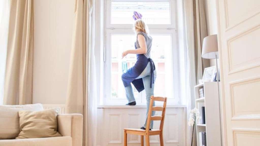 steuerbonus f r putzkraft auch bei buchung ber vermittler leben. Black Bedroom Furniture Sets. Home Design Ideas