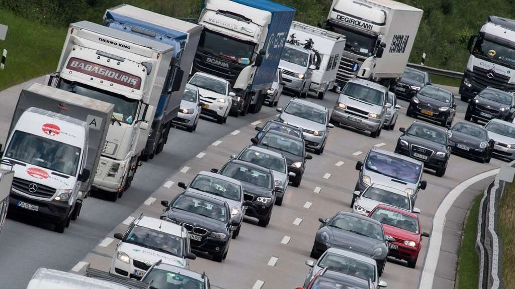 Auf Der Autobahn Rechts überholen Wann Ist Es Erlaubt Auto
