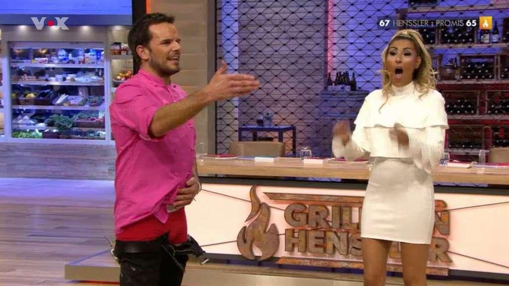Mitten in Kochshow: Henssler lässt die Hosen runter   TV   {Kochshow henssler 13}