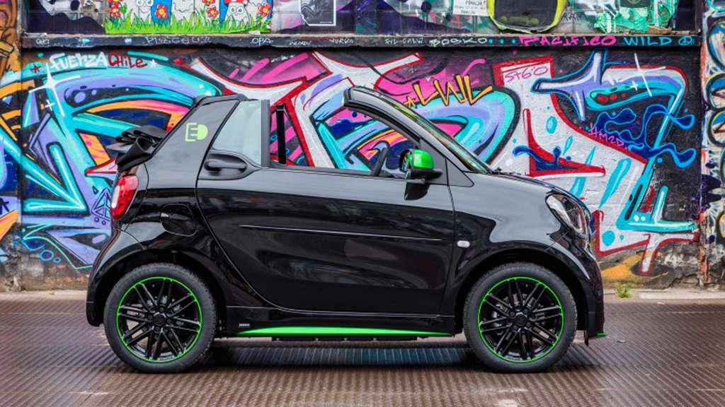 Der smart fortwo cabrio electric drive*.