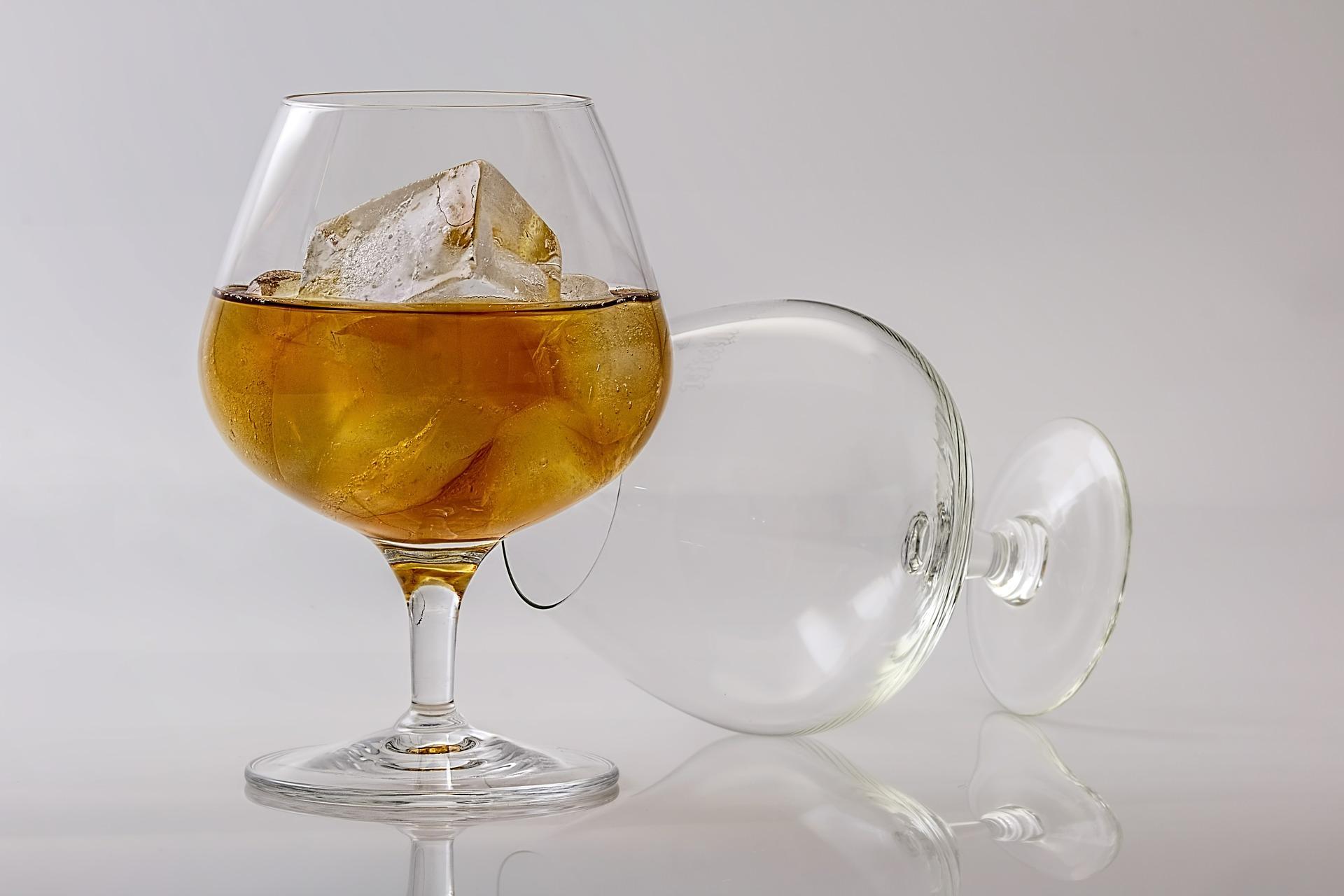 Barkeeper verraten: Diese Drinks sollten Sie niemals bestellen | Gastro