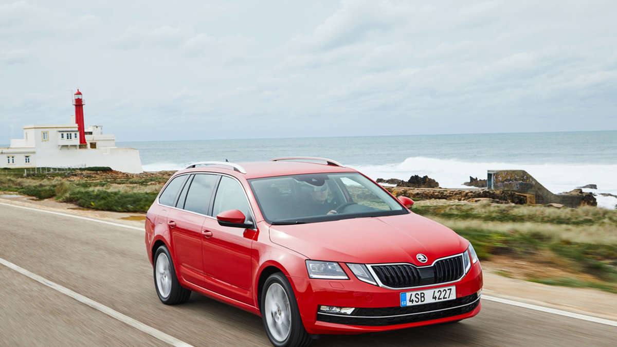 skoda octavia kombi impressionen auto service. Black Bedroom Furniture Sets. Home Design Ideas