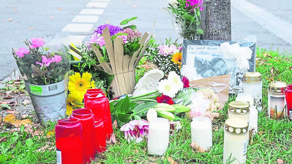 motorradfahrer stirbt mit 30 hier trauern seine freunde schwabing freimann. Black Bedroom Furniture Sets. Home Design Ideas