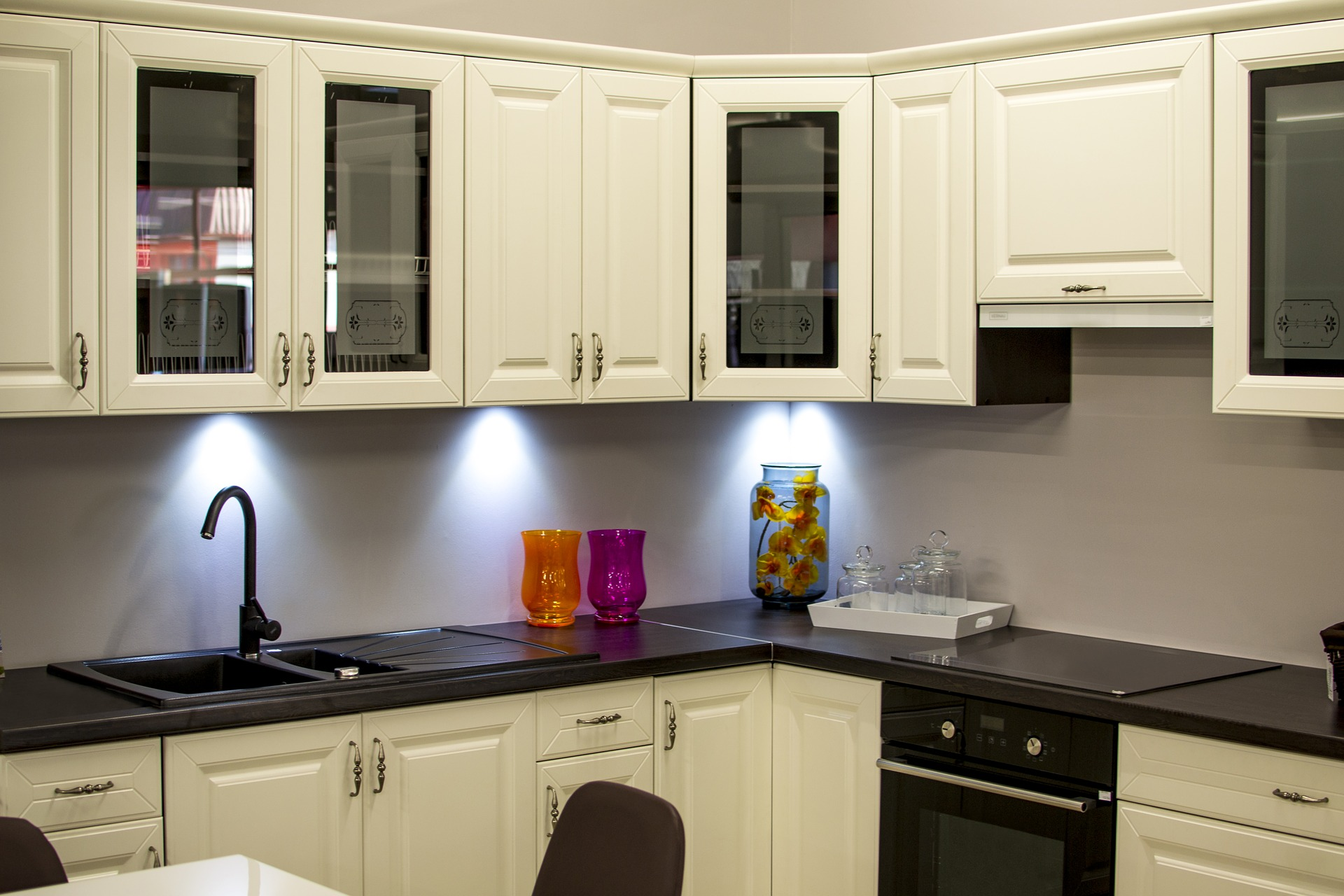 wasserbett kaufen beachten sie diese f nf punkte wohnen. Black Bedroom Furniture Sets. Home Design Ideas